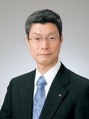 代表取締役社⾧ 田中富三